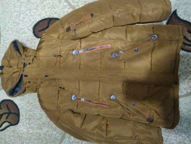 Куртка зимова підросткова в хорошому стані