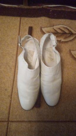 Туфли - босоножки кожаные
