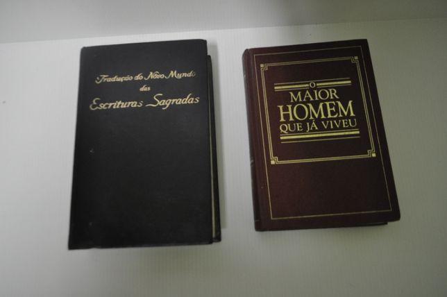 2 livros de Religiões