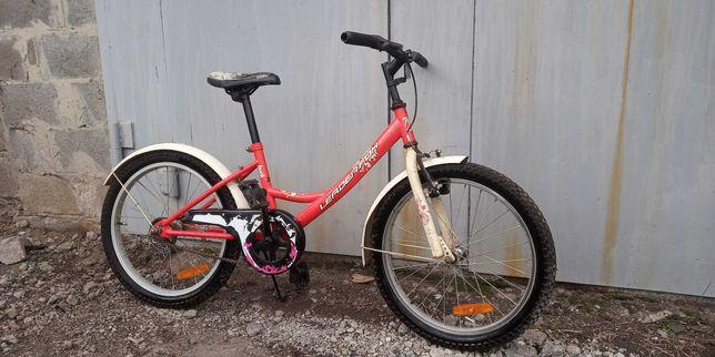 Велосипед для ребенка 7-12 лет(диаметр колеса 20 см)