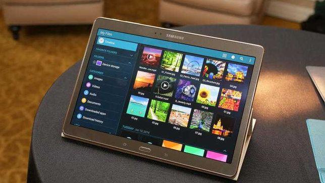 Планшет Samsung Galaxy 10,1 2 sim GPS Золотого цвета