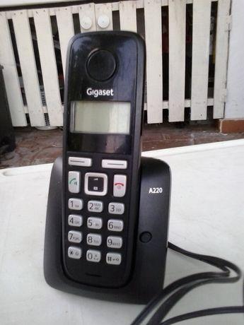 Telefones eTelemóvel c/bateria e carregador