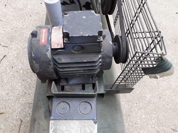 Motor trifásico  efacec