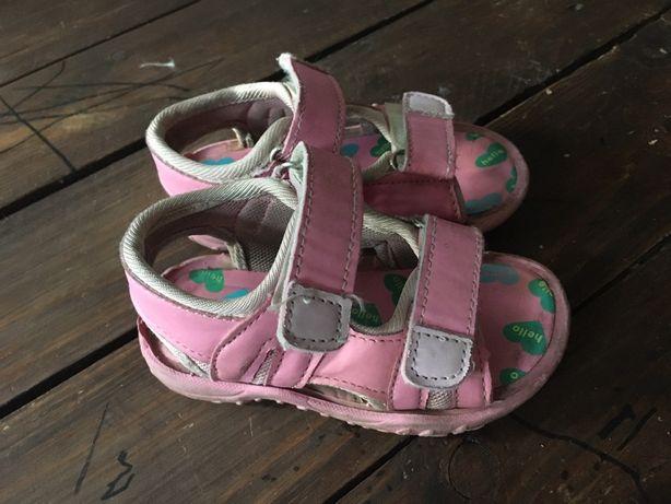 Sandałki 22 rozmiar
