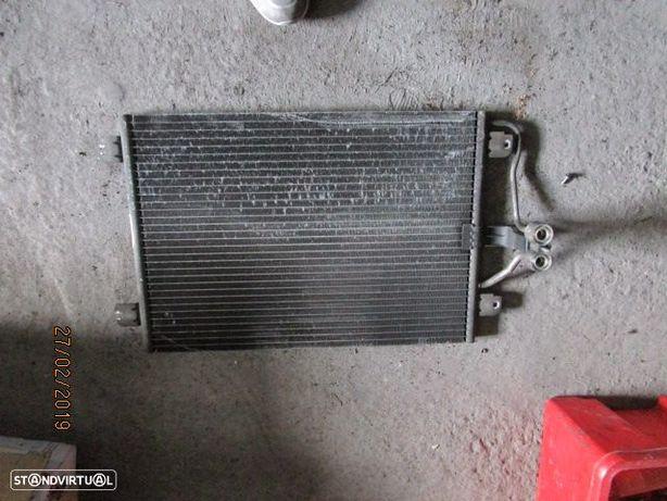 Radiador AC 770432392 RENAULT / MEGANE CLASSIC / 2000 / 1.4I /