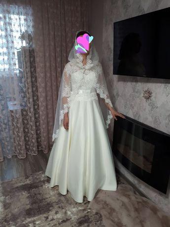 Продам НОВОЕ свадебное платье айвори