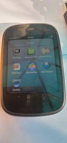 HP Veer 4G самий маленький смартфон.