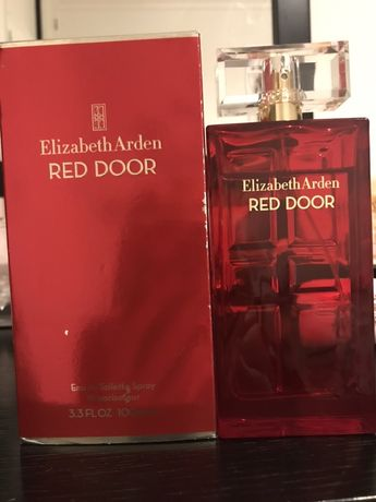 Perfume Red Door de Elizabeth Arden