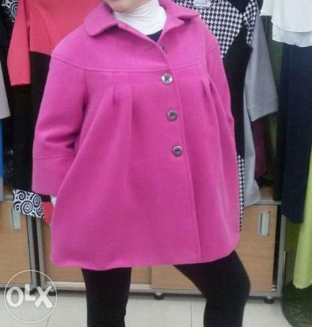 Продам осенне-весеннее пальто.