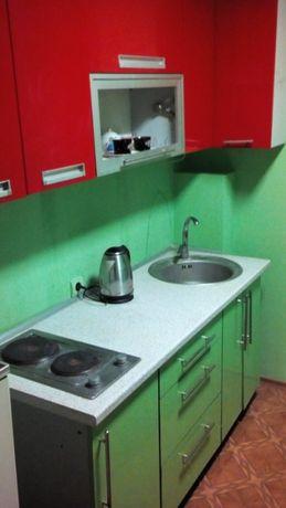 дешево сдам посуточно/почасово 1 комнатную квартиру в Артемовском райо