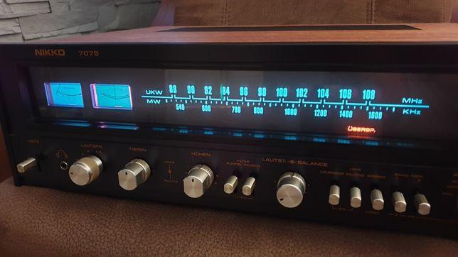 Amplituner vintage Nikko 7075