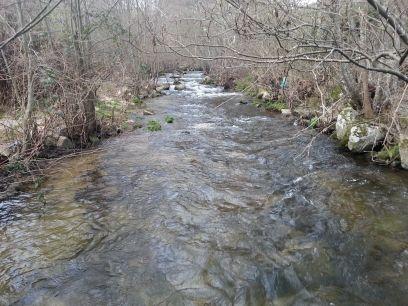 2 moinhos em ruina com margem de rio privativa 20000,00