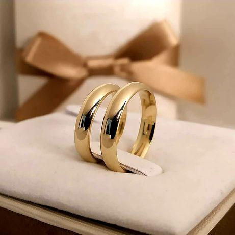 Klasyczna Piękna Para Złotych Obrączek Ślubnych