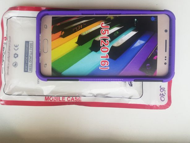 Продам чехол на Samsung j510 2016