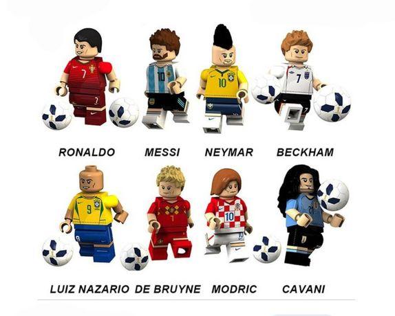 Nowe figurki Piłkarze z piłką w pełni kompatybilne z klockami lego