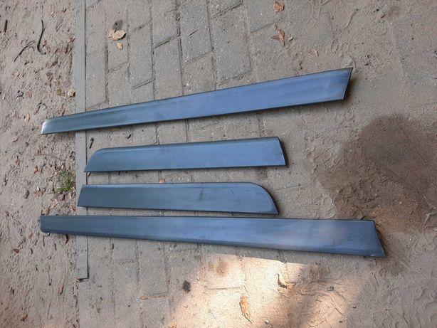 Listwy dolne drzwi audi a4 b6 2002r nie lakierowane sztuki
