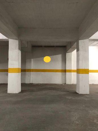 Garagem aluga-se - Lumiar, Ameixoeira, Quinta de Santa Clara
