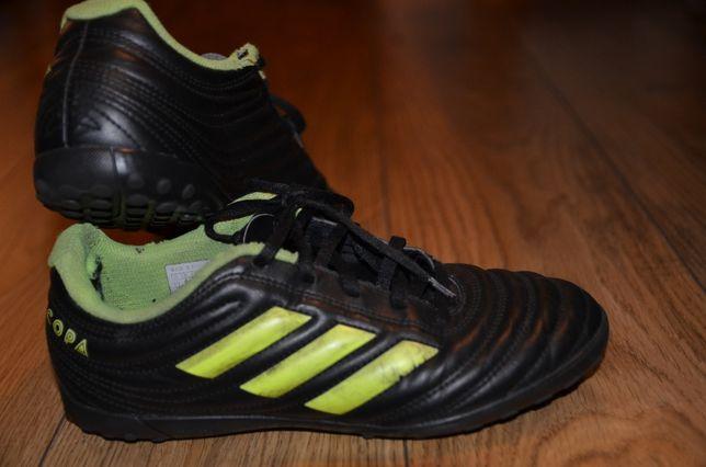 Adidasy do piłki, buty do piłki - dla młodego piłkarza