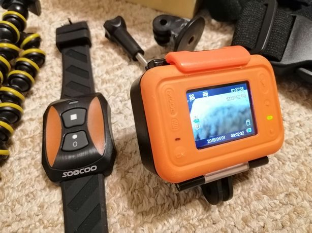 Экшн-камера Soocoo S70 с флешкой 16Гб и креплениями.
