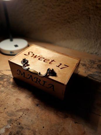 Шкатулка именная,подарочная коробочка ,подарок на праздник