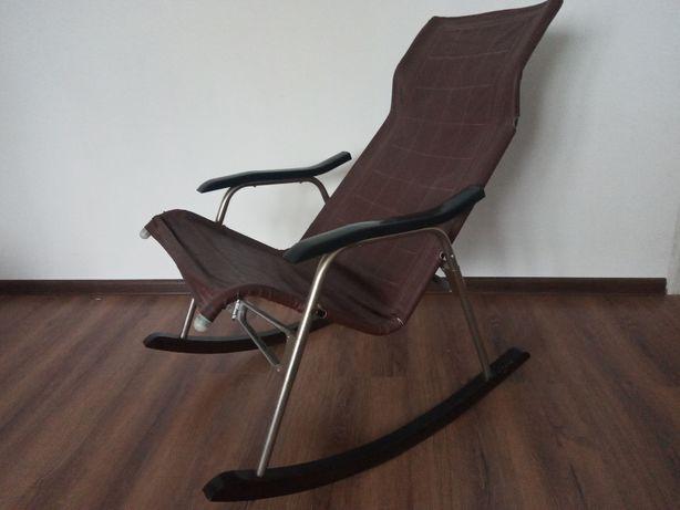 Fotel bujany Takeshi Nii kolor brązowy