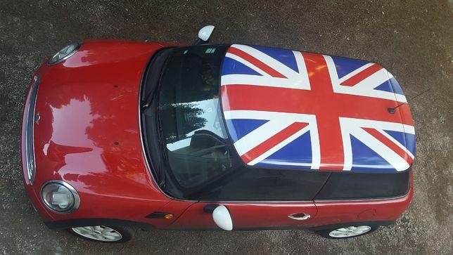 Decoração de teto automóvel com colocação