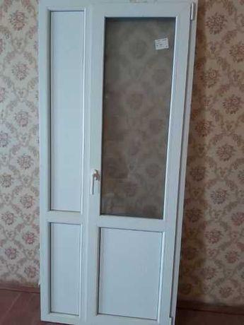 Металопластиковая дверь балконная