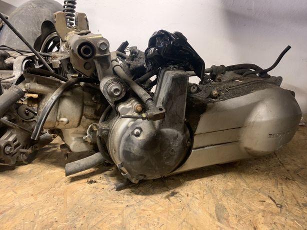 Silnik Honda Pantheon 125 2T