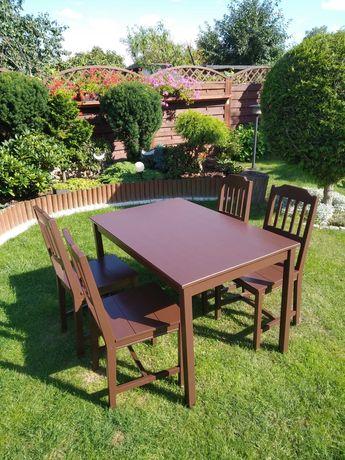 Stół i 4 krzesła drewniane