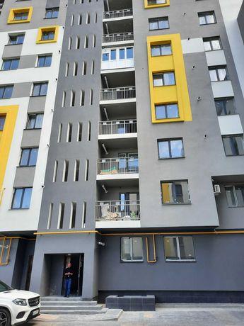 Продам квартиру в зданій новобудові вул Рівненська 15 000 грн/м2 ВЛАСН