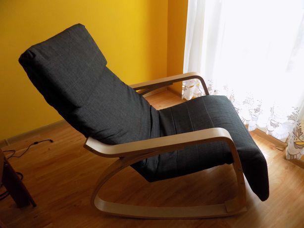 Fotel na biegunach podnóżek