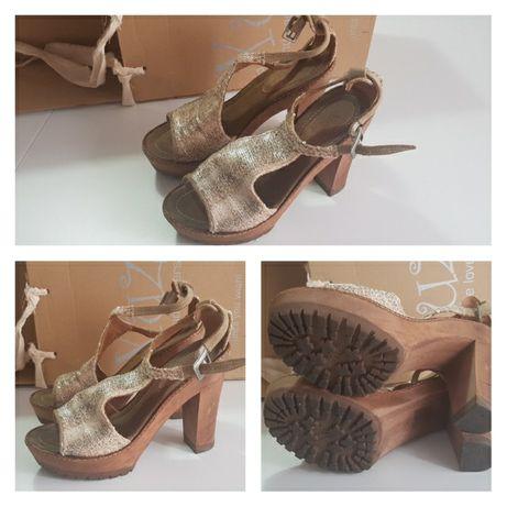 Sandálias XUZ douradas
