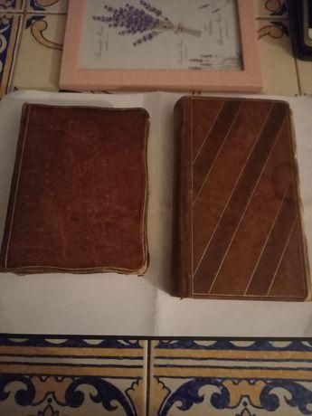 Vendo 2 livros antigos em bom estado