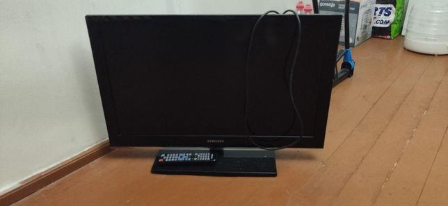 Телевізор samsung LE32C530