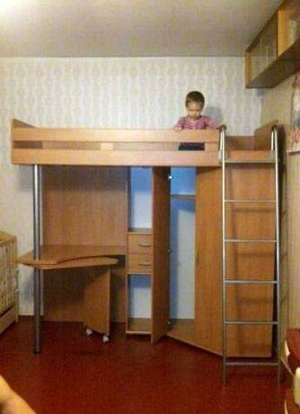Детская кровать- стенка