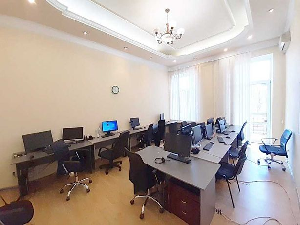 Без комиссии офис 140 м2, мебель, Центр, Музейный пер, Европейская пл