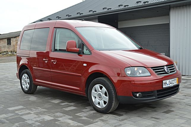 Volkswagen Caddy 5 місць 1.6 бензин