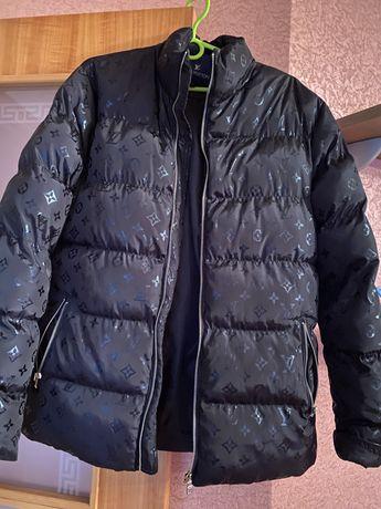 Куртка [Louis Vitton]
