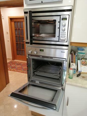 Cozinha praticamente nova