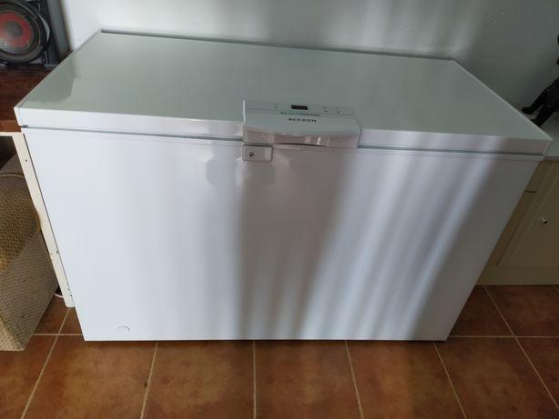 Arca horizontal becken  A ++ de 300 litros com garantia de 4 anos