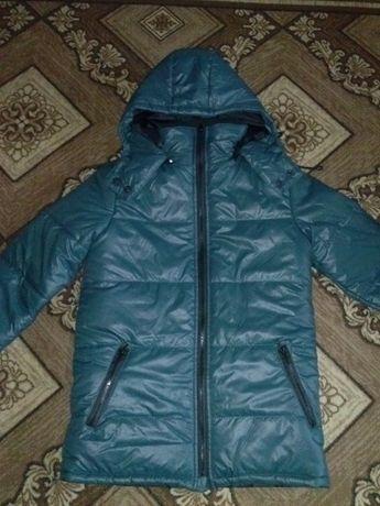 Куртка теплая на синтепоне. Размер ХС.