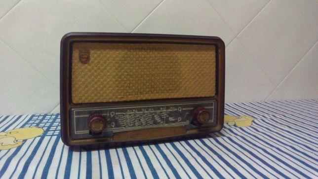 Rádio a Válvulas Philips BLN 236U
