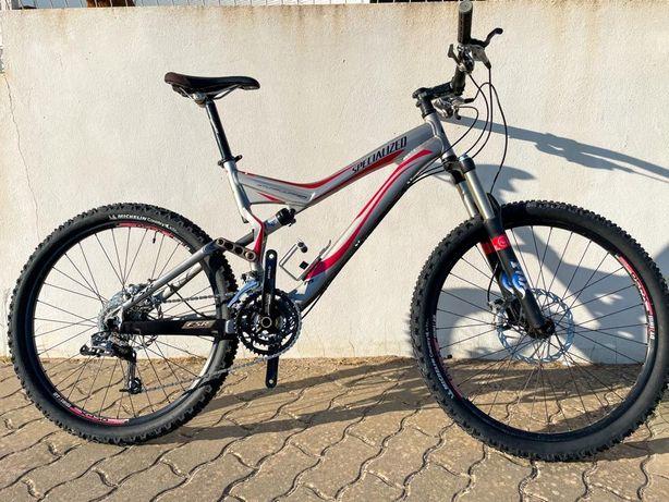 Bicicleta suspensão total Specialized