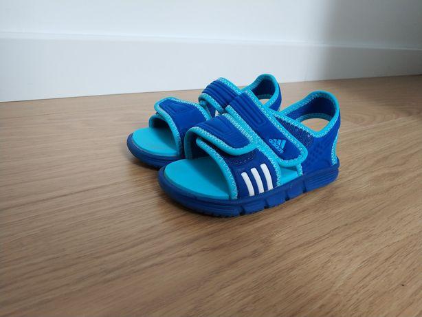 Sandałki Adidas 23