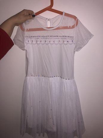 Biała sukienka z cyrkoniami