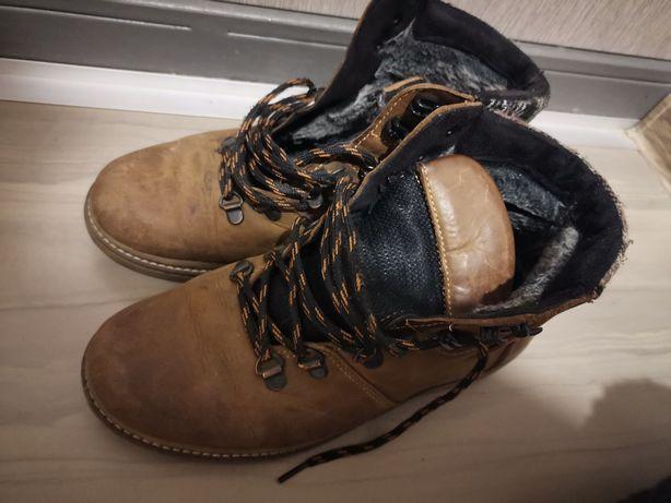 Ботинки на подростка продам