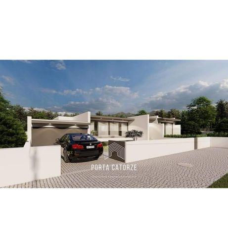 Moradia Individual V4 + Lote de 700 m² + Projeto