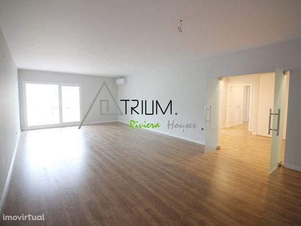 Fantástico apartamento T3+1, com dois amplos terraços no ...
