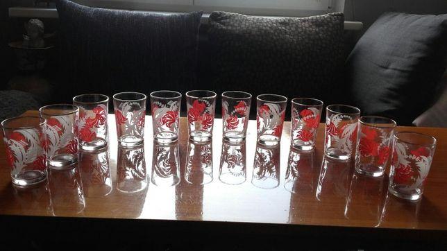 Szklanki z nadrukiem. Komplet dzbanek i szklanki do kompotu PRL