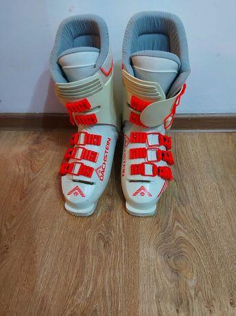Narty 180cm. z butami